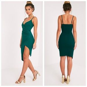 Pretty Little Thing Lauriell Emerald  Midi Dress